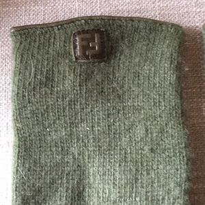 Fendi cashmere gloves olive green